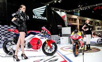 Năm nay xe đua đường phố Honda RC213V-S sẽ bán trên thị trường