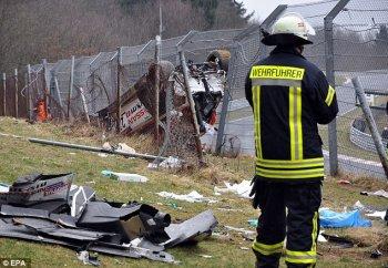 Tai nạn khủng khiếp trên đường đua Nurburgring