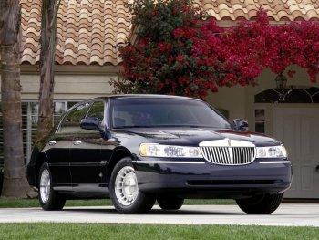 Ford hồi sinh Lincoln Continental, nhắm vào Mỹ và Trung Quốc