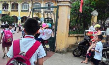 Tỷ lệ trẻ em đội mũ bảo hiểm đạt 80% trong ngày 6/4