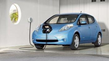 Nissan đặt mục tiêu bán 50.000 Leaf EV hàng năm
