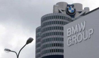 """Xe BMW """"đắt như tôm tươi"""" trong tháng 3"""