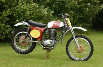 BSA dòng xe máy vang bóng một thời