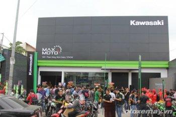 Thăm showroom Kawasaki chính hãng đầu tiên