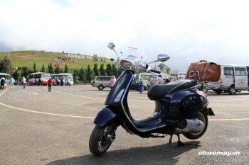 """Vespa chinh phục đỉnh LangBiang """"nóc nhà"""" Đà Lạt"""
