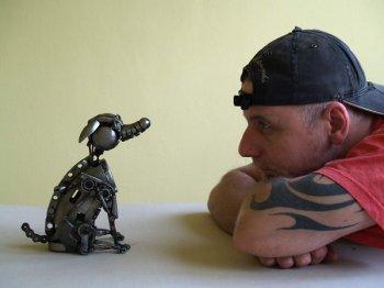 Điêu khắc nghệ thuật với phế liệu ô tô xe máy