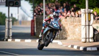 I.O.M TT 2015: đội đua Splitlath EBR tiếp tục cuộc viễn chinh ở I.O.M