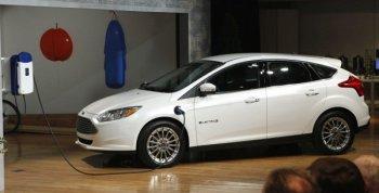 Sau Tesla, Ford cũng chia sẻ công nghệ xe điện cho đối thủ