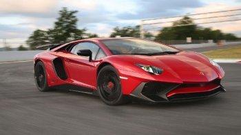 Siêu xe Lamborghini Aventador SV bán đắt như tôm tươi