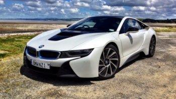 BMW thống trị giải Động cơ quốc tế của năm 2015