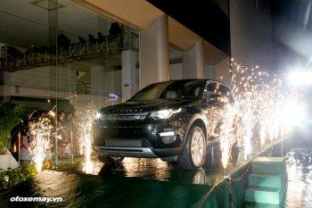 Màn ra mắt đầy ngẫu hứng của Land Rover Discovery Sport tại TP.HCM