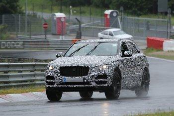 """Jaguar F-Pace """"hiện hình"""" phiên bản sản xuất"""