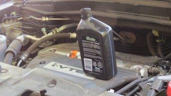 "Xe Audi, BMW, Subaru bị tố ""ngốn"" quá nhiều dầu"