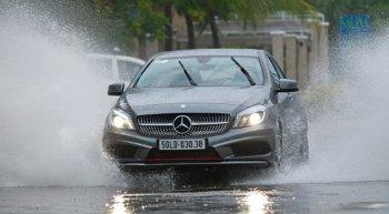 Chăm sóc xe ô tô trong mùa mưa: Thay cần gạt nước