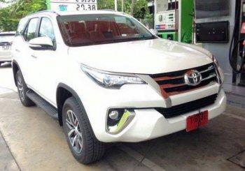 """Toyota không còn """"giấu kín"""" Fortuner 2016"""