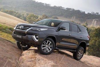 Toyota Fortuner 2016 chính thức ra mắt tại Thái Lan