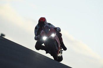 Ducati tiết lộ siêu môtô mới