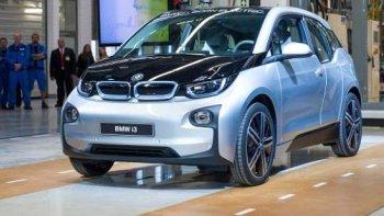 Apple muốn 'mượn' nền tảng của BMW i3 để sản xuất xe hơi