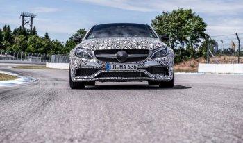Mercedes-Benz C 63 AMG Coupe xuất hiện trên đường đua nước Đức