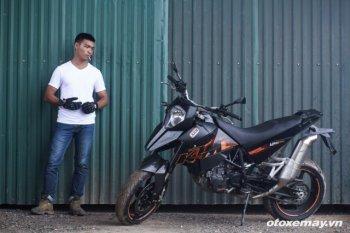 Nghịch Supermoto 690RM S bản hiếm ở Việt Nam