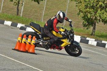 Dù thiếu xe moto nhưng đội tuyển Việt Nam vẫn vượt qua đối thủ quốc tế