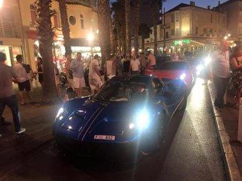 Siêu xe 'oanh tạc' đường phố Pháp sau lệnh cấm ở Anh