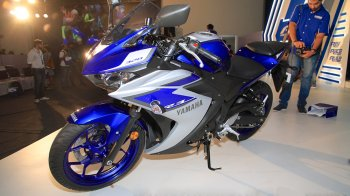 """Yamaha YZF-R3 ra mắt, giá """"ngọt sắt"""" hơn 5.000 USD"""