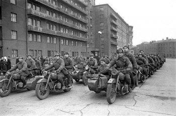 Môtô quân sự khối XHCN: Dnepr Sidecar - thằng con hư! (Phần I)