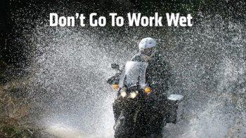 Những mẹo tránh tai nạn khi chạy xe dưới mưa