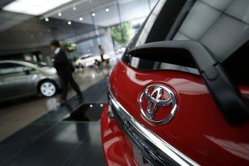 Toyota lại 'thoát' án điều tra xe tăng tốc đột ngột