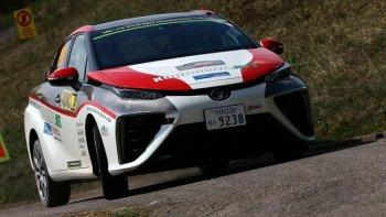 Toyota giới thiệu Mirai phiên bản xe đua