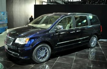 """Chrysler """"đánh bại"""" GM và Ford tại Trung Quốc"""