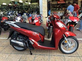 Honda Sh300i 2015 có giá hơn 300 triệu tại Việt Nam
