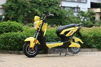 Xe điện tung nhiều ưu đãi níu khách mùa tựu trường