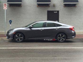 Honda Civic 2016 bất ngờ dạo phố