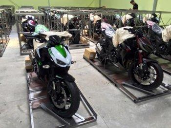 Kawasaki Z1000 2016 giá 390 triệu đồng về Việt Nam