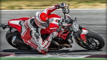 Ducati Monster 1200 R – naked bike mạnh nhất của Ducati ra mắt