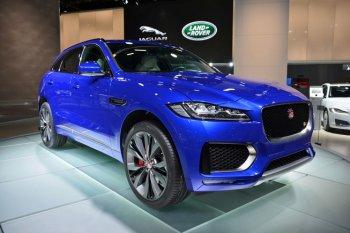IAA 2015: Jaguar F-Pace nhiều tuỳ chọn động cơ có giá từ 42.000 USD