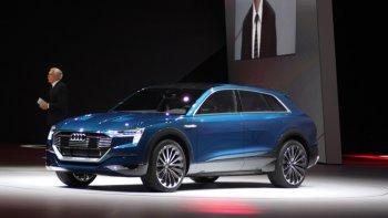 IAA 2015: Audi thách thức Tesla bằng E-tron Quattro đầy sắc sảo