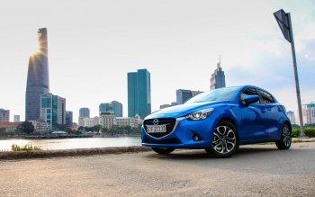 Mazda 3 2015 giảm giá 50 triệu đồng trong tháng 9