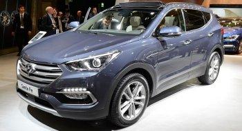 """Hyundai SantaFe 2016 được nâng cấp để """"thách đấu"""" CRV và CX-5"""