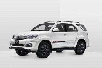 Toyota Fortuner TRD Sportivo 2015 có giá từ 1,08 tỷ