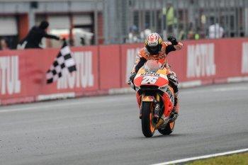 Chặng 15 MotoGP: Màn trình diễn thăng hoa của Pedrosa