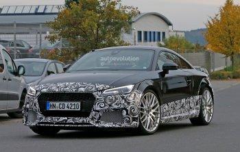 Lần đầu tiên bắt gặp Audi TT-RS bản mới