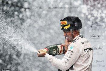 Mercedes-AMG chính thức vô địch F1 2015