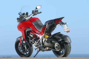 Ducati Multistrada đời mới có nguy cơ gãy chân chống