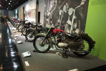 Tham quan bảo tàng Yamaha