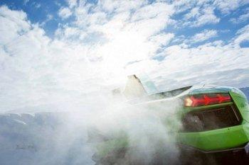 Cơ hội đua xe Lamborghini Aventador & Huracán trên băng cho người Việt