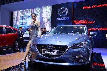 Mazda đồng loạt giảm giá trong tháng 11