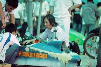 Sắc màu vui nhộn của cuộc thi lái xe tiết kiệm nhiên liệu EMC